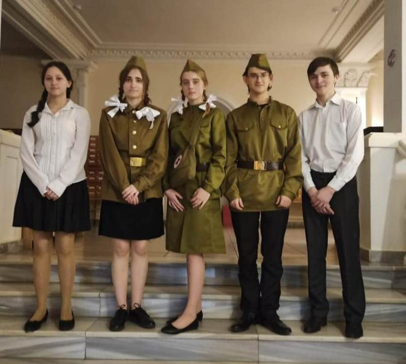 Открытый областной конкурс чтецов и театральных коллективов «Подвигу жить вечно!»