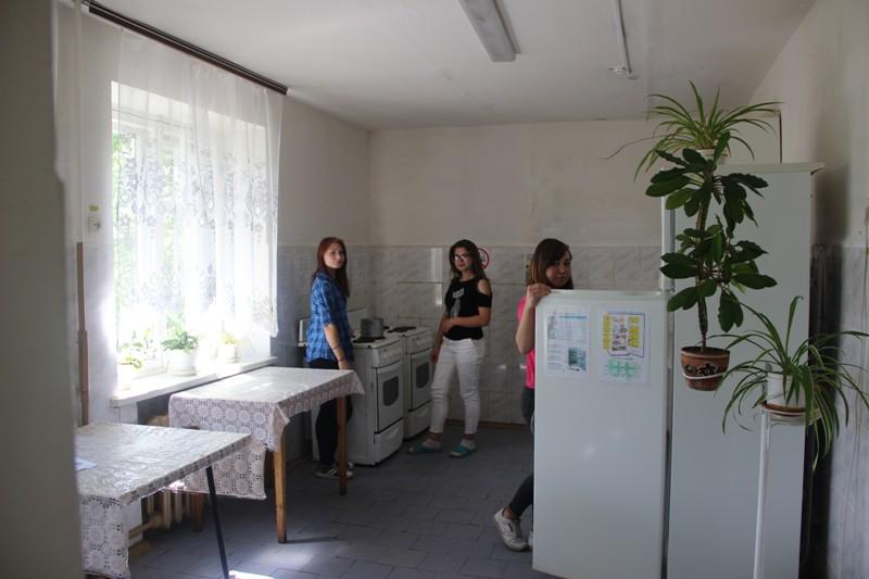 Общежитие и работа воспитателей.