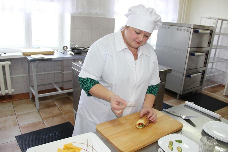 Мастер производственного обучения высшей категории Мерцалова Елена Николаевна
